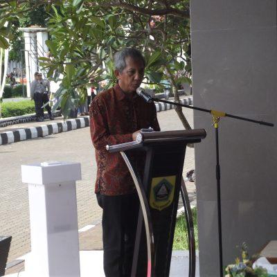 Drs. Rahmat Surjana